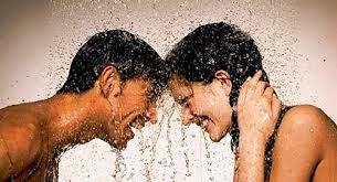 Vì sao không nên tắm ngay sau khi vừa 'yêu'?