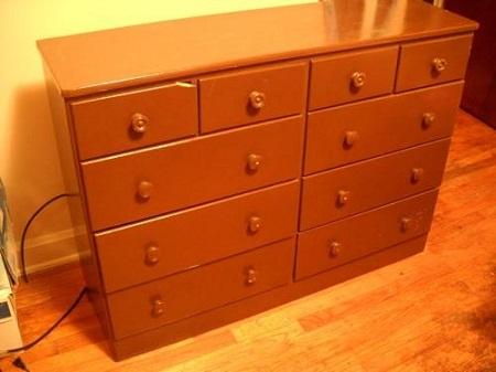 C mo renovar un mueble de madera cambia - Como pintar muebles de madera ...