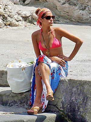 look da spiaggia, moda capelli, foulard, hair style, mare, estate