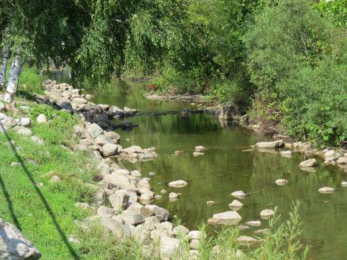 Clam River