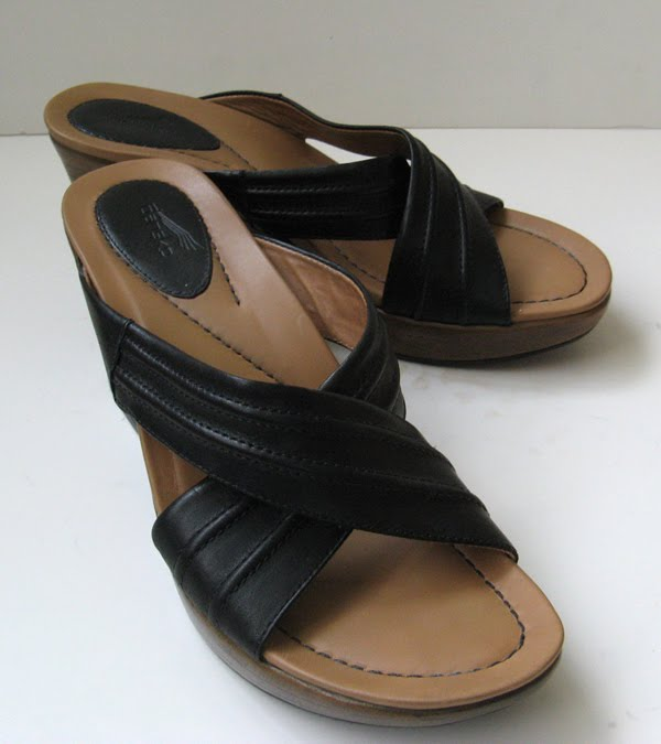 Dansko Sandals Black Dansko Sandals Clogs Size 39