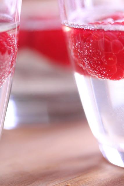 Raspberry Champagne Jello 'Drinks' | sweetpeasandsaffron.com