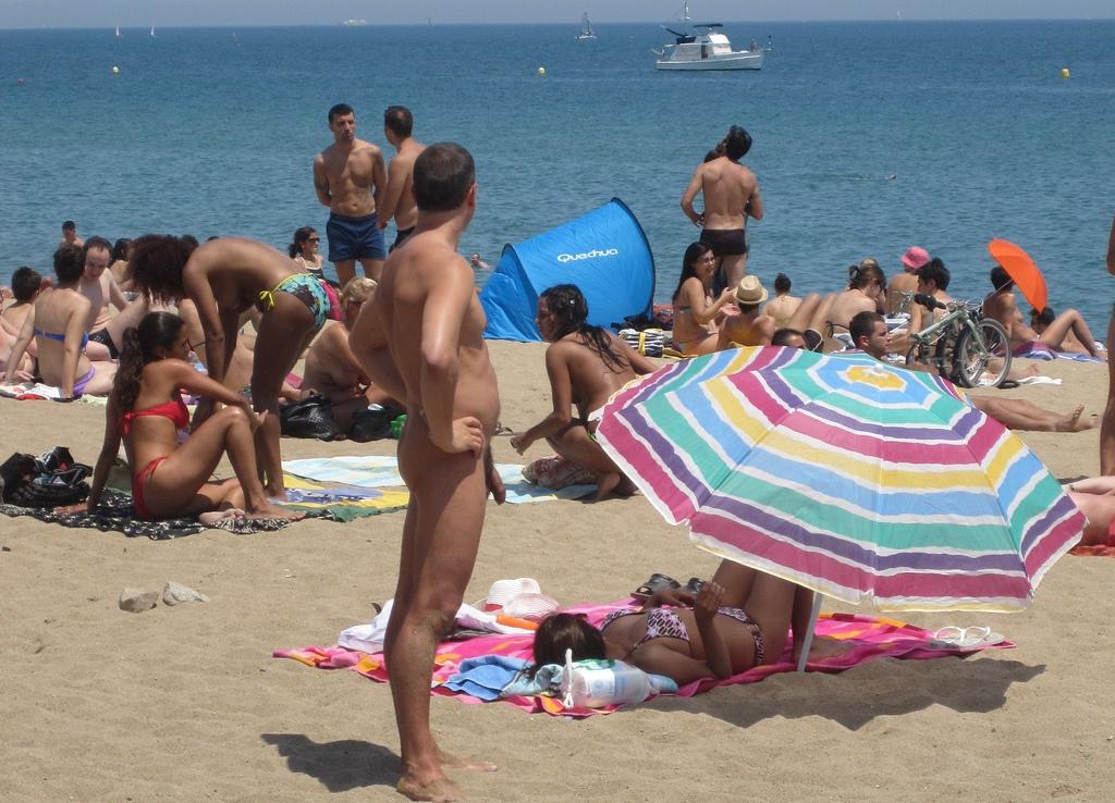 oily bikini dance