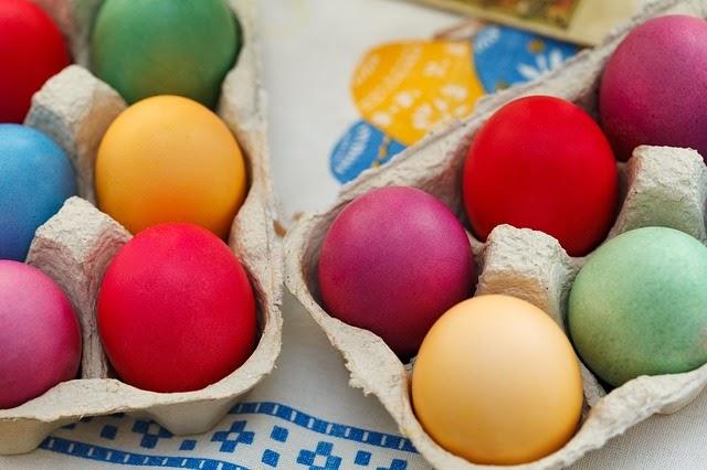 Będziesz barwić jajka na Wielkanoc w sposób naturalny?