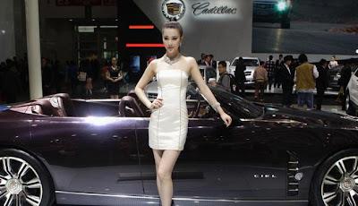 Gambar Mobil Keren Mewah With model cantik Auto China 2012