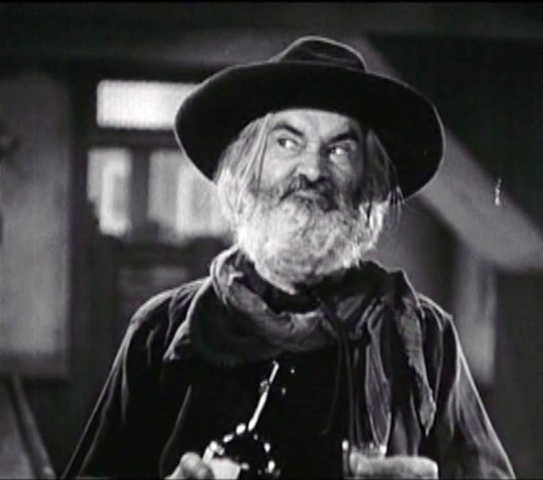 Hello from fred ethel 39 s house what a character for Gabby hayes