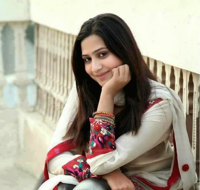 Beautiful Pakistani Girls Pictures