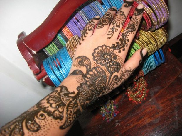 Stylish Engagement+ mehndi Designs for Wedding+%25281%2529 Engagement Mehndi Designs