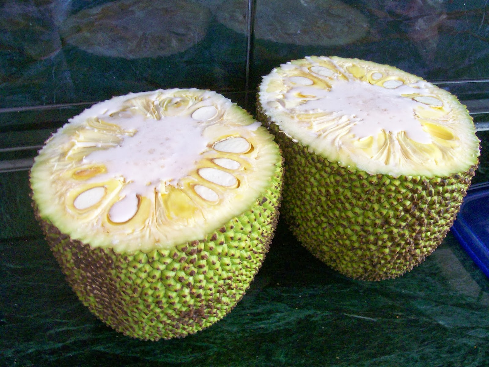 how to cut an ugli fruit