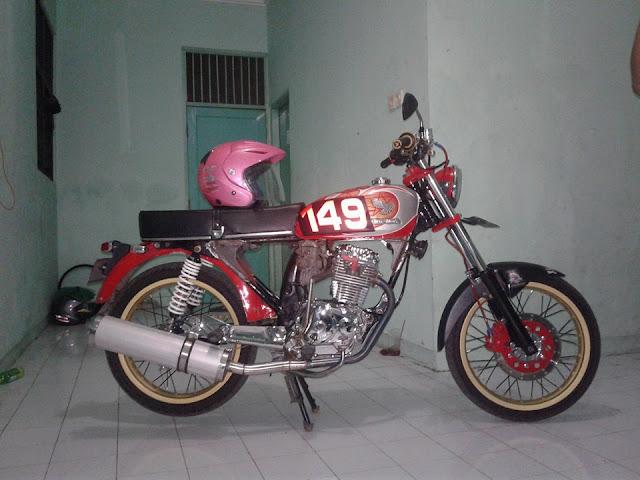 Foto Modifikasi Honda CB 149 Knalpot Mobil