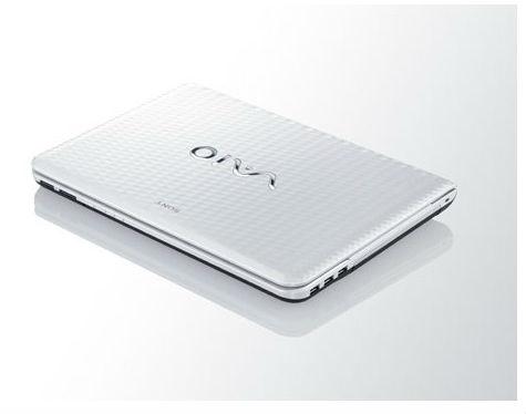 sony vaio laptop. hadir dengan berat bobot lebih dari 2 kg sony vaio vpc-eg15eg dirancang desain yang cukup unik dan fresh, terlihat tekstur bodynya laptop