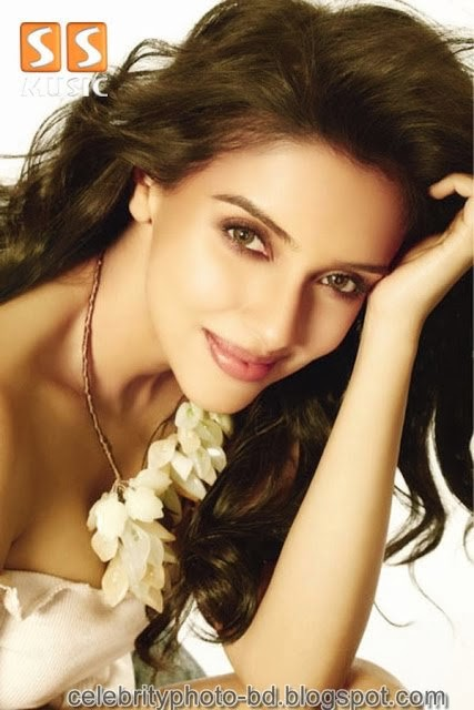 Asin's+Sizzling+Gallery005
