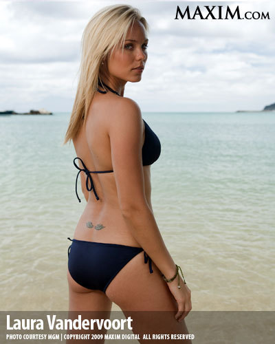 Laura Vandervoort is S...