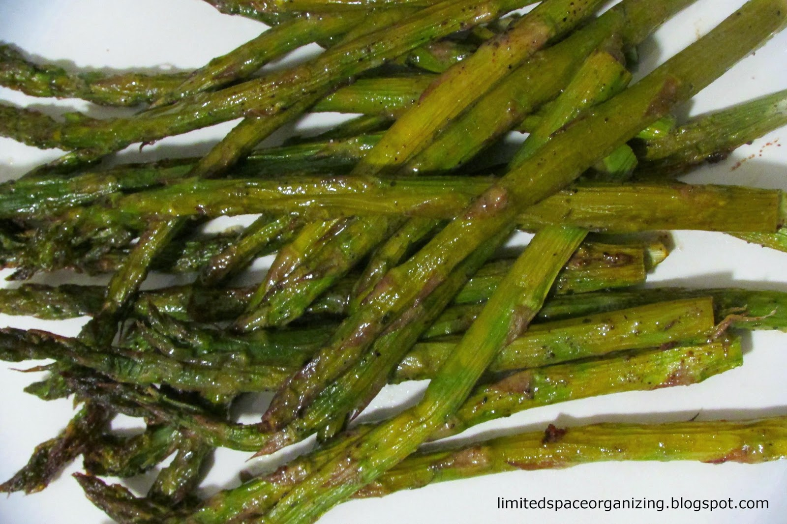Limited Space Organizing: Ranch Roasted Asparagus