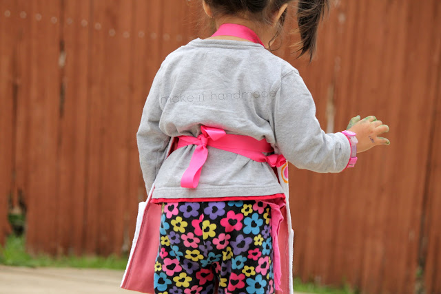 An Apron For Little Sis... by make it handmade