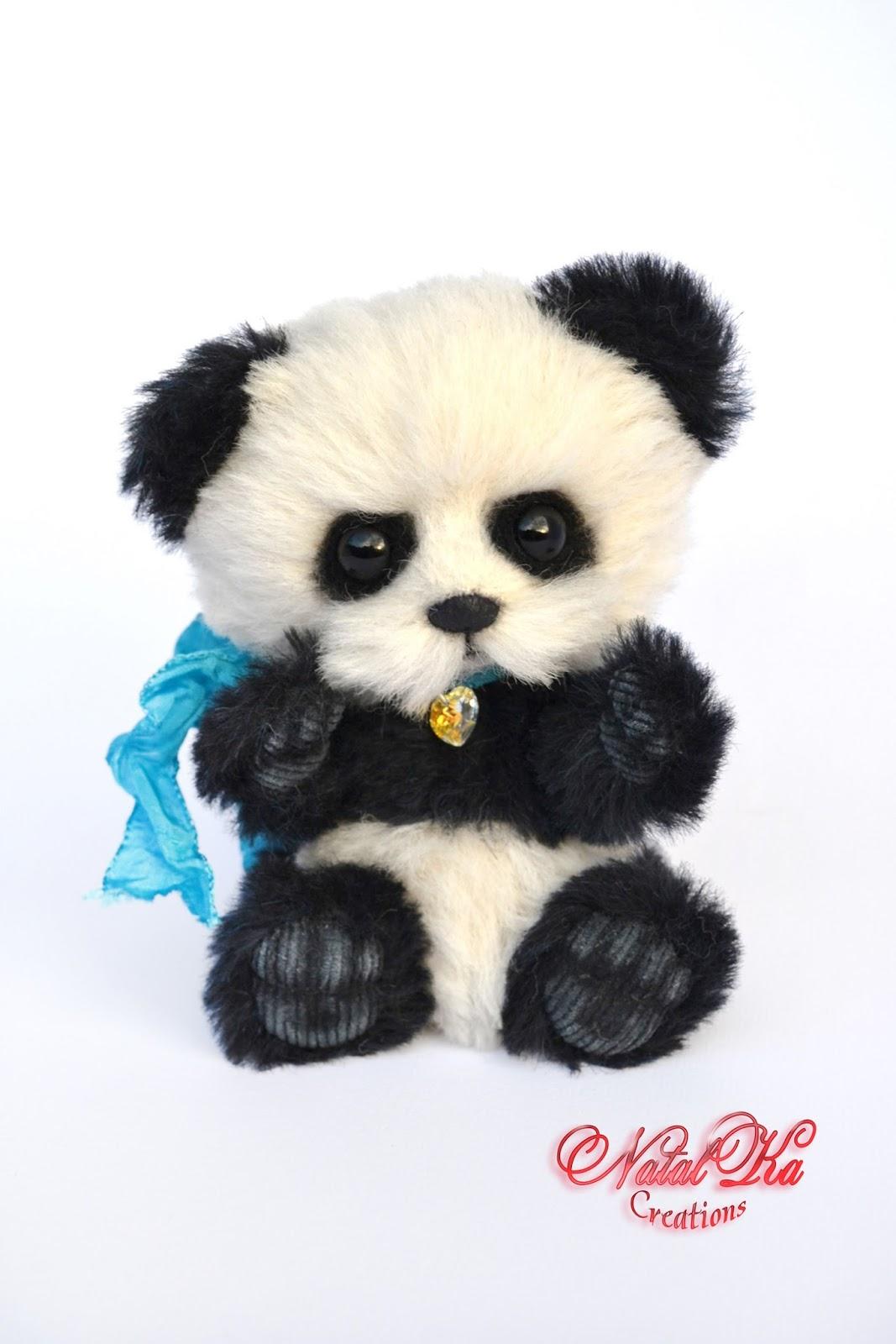 Artist teddy bear, artist bear, panda, handmade, ooak, alpaca, jointed, teddy, teddies by NatalKa Creations. Künstlerbär, Teddybär, Teddy, Künstlerteddy, Panda, Unikat, handgemacht von NatalKa Creations.