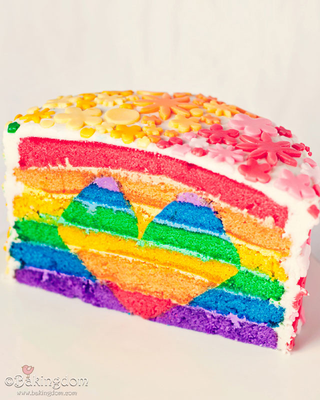Layered rainbow cake with a rainbow heart inside! WOW, amazing!!!
