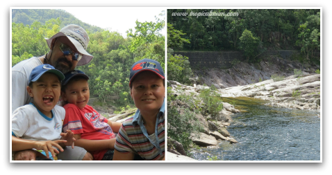 Family photo and a view of Behana Gorge