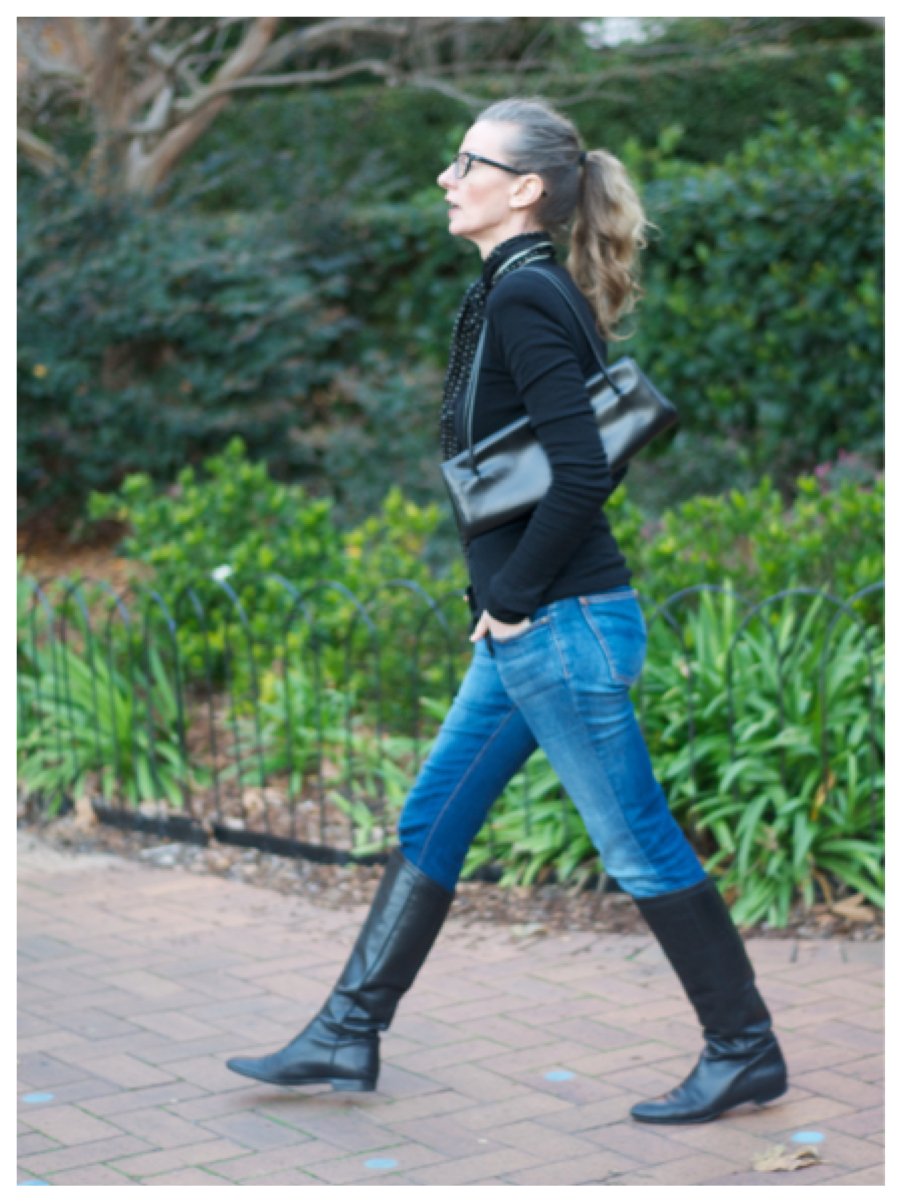 Awesome 31 Perfect Women Wearing Ankle Boots And Jeans | Sobatapk.com