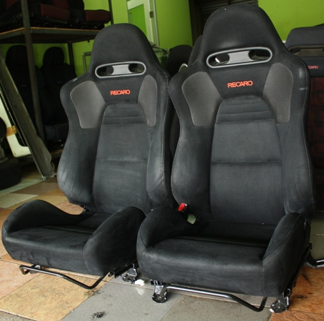 dingz garage seat recaro lancer evo 8 mr. Black Bedroom Furniture Sets. Home Design Ideas