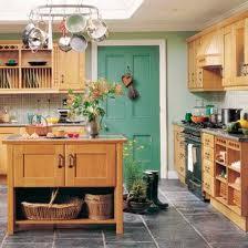 imbiancare casa idee: idee per imbiancare le pareti di una cucina ... - Cucina Per Taverna