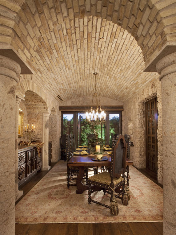 Tuscan dining room design ideas room design inspirations for Tuscan decorations for home