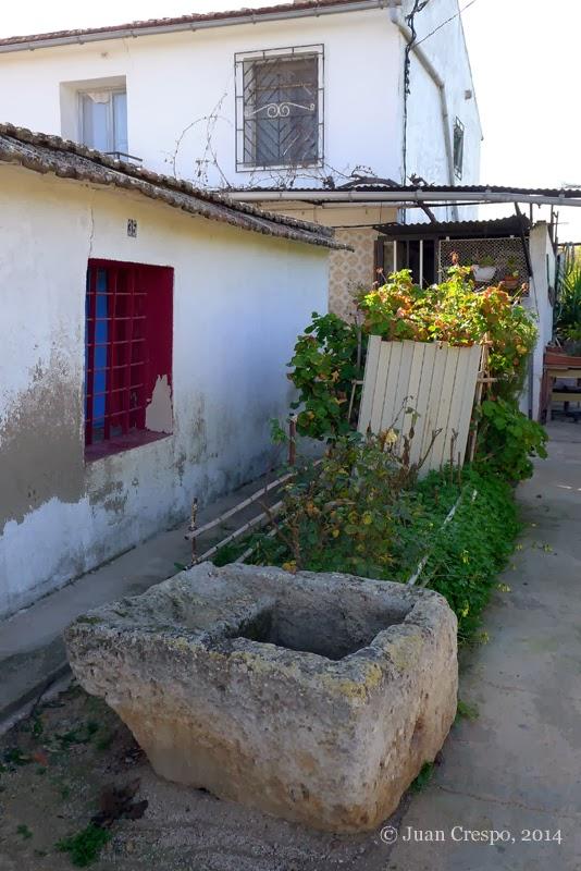 Pila para lavar ropa lavaderos p blicos for Lavadero exterior