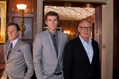 El nuevo trabajo de Liam Hemsworth, 'El poder del dinero', se estrenará el 28 de febrero en España. Gary Oldman, Liam Hemsworth y Harrison Ford. MÁS CINE. Making Of