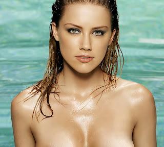 Amber Heard beauty topless photo HQ