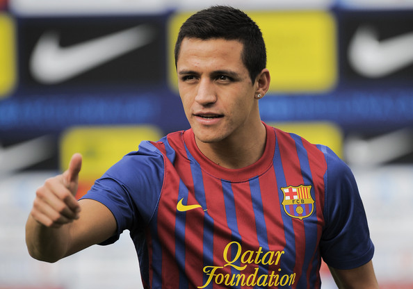 Report: Napoli eye Alexis Sanchez