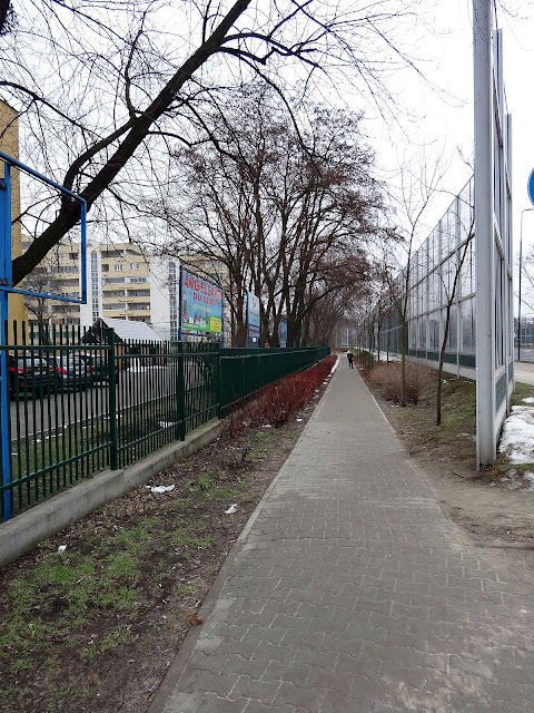 Ekrany akustyczne odgrodziły Górczewską od osiedla Górce