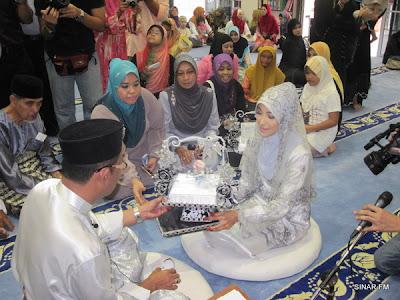 Majlis Pernikahan Dan Perkahwinan Salleh Yaakob Dengan Isteri Ke - 4 (Gambar)