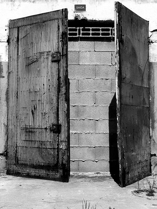 porta_saída_portugal