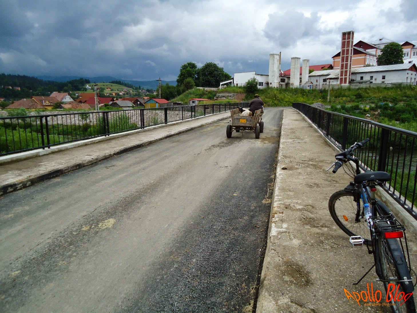 Pod Luncani asfaltat