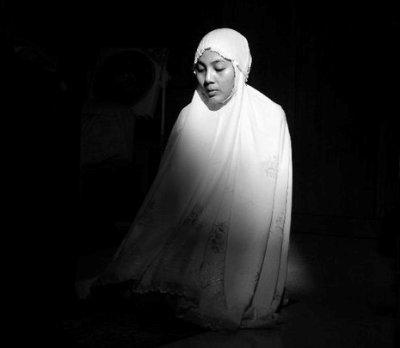 Kisah Mistis: Di Alam Gaib, Aku Bertemu Almarhum Ibu