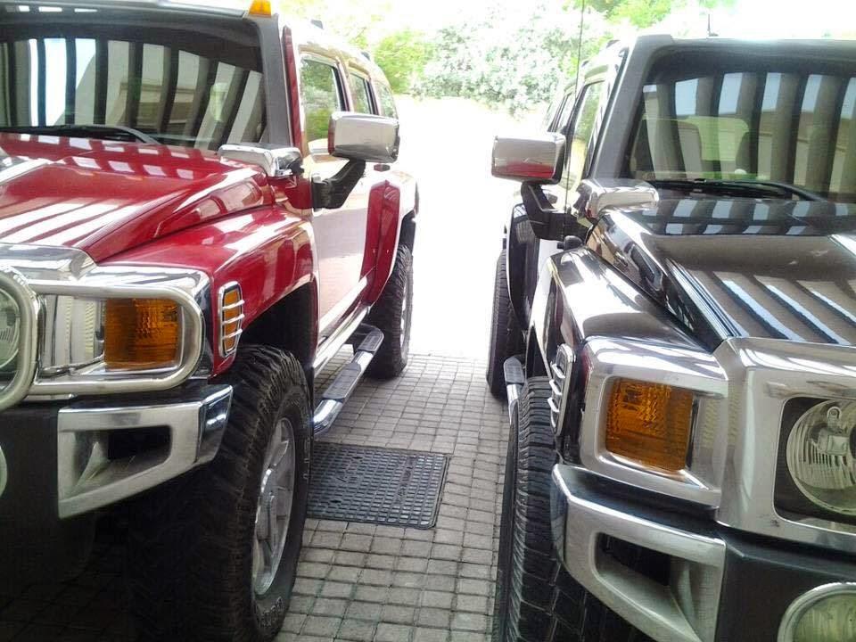 Hummer Twins