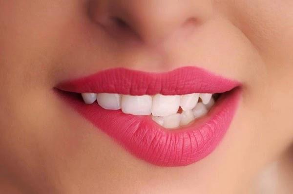 Tips Cara Memerahkan Bibir Secara Alami dan Cepat
