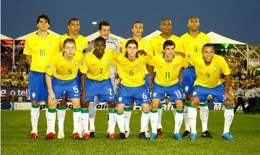 Soccer Splash: FOOTBALL Brazilian Team