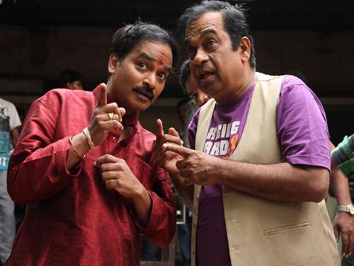 siddarth hansika something something movie stills11