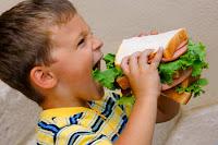 Tại sao bé ăn nhiều mà vẫn suy dinh dưỡng ?