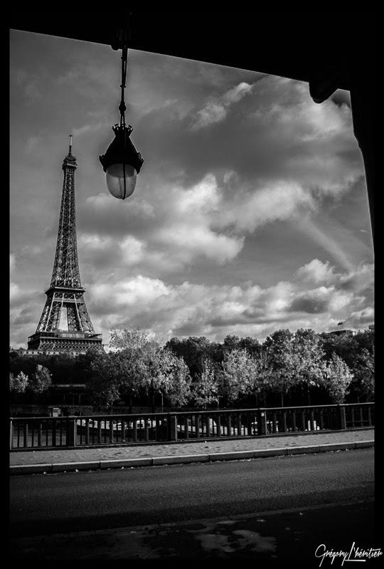 http://lg-photographe.blogspot.fr/2013/12/blog-post_1798.html