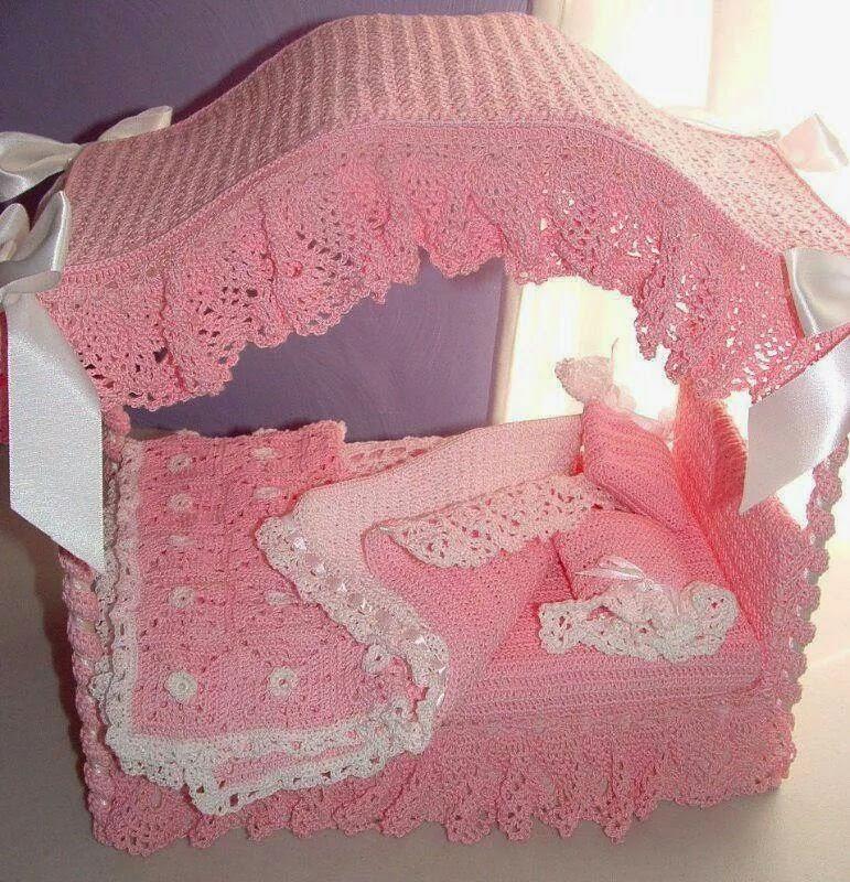 Как сделать кукле кровать для барби 139