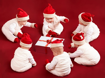 Cute Babies Christmas Wallpaper