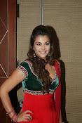 Naziya hussain latest glamorous photos-thumbnail-7