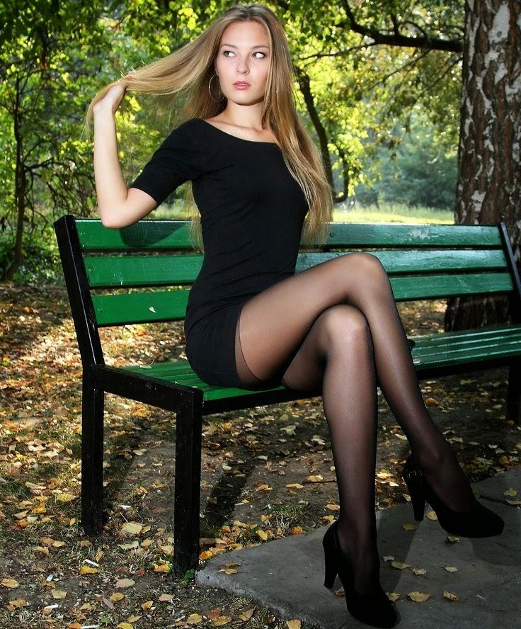 Фото в колготках ножки частное