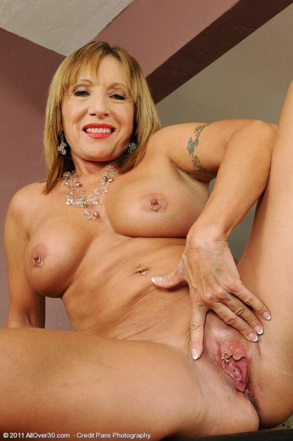Ashley Laconetti nackt, Oben ohne Bilder, Playboy Fotos