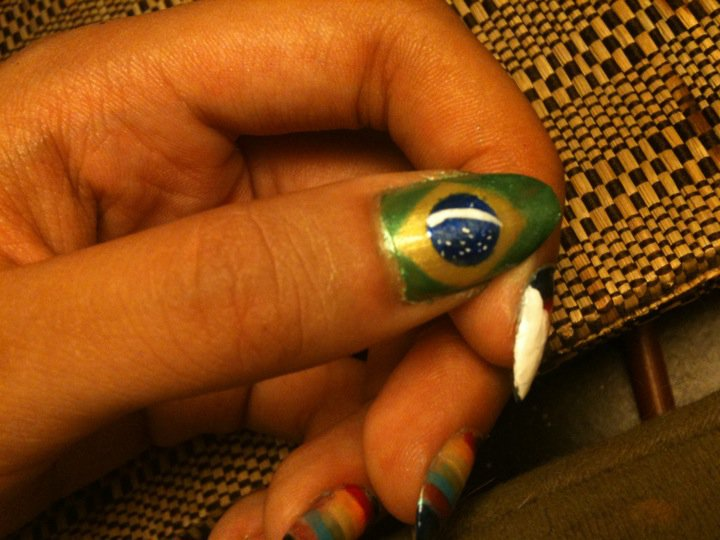 World Complete Fashion For Girls: Flags on the nails - nail art 4