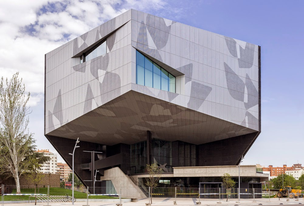 Arquitectura zona cero caixaforum en zaragoza del estudio for Estudios arquitectura zaragoza