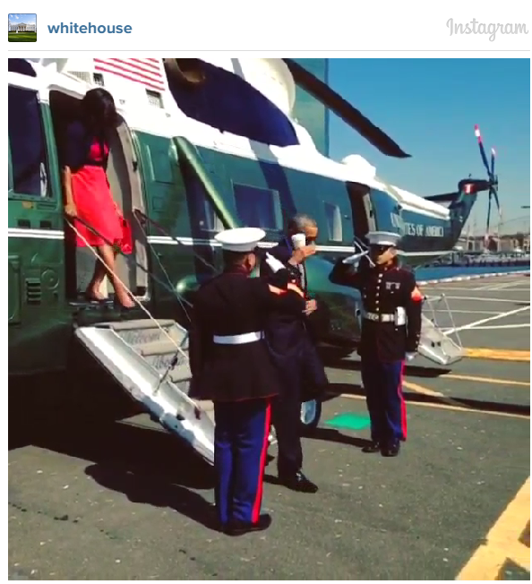 Obama returns salute with coffee cup