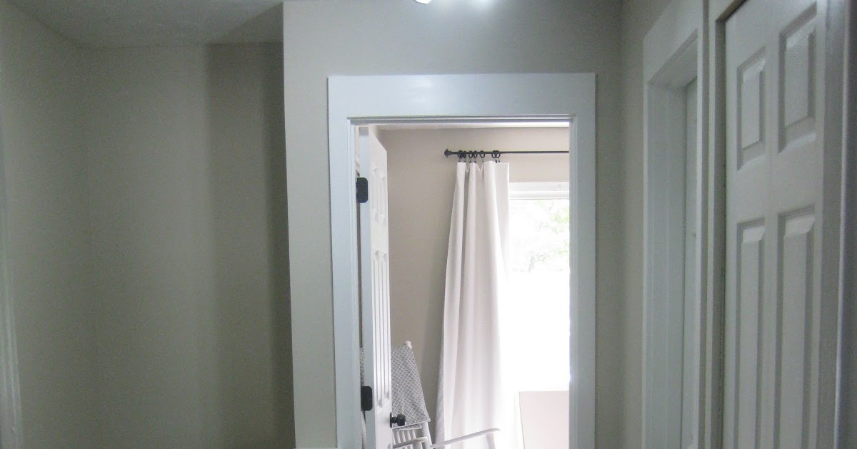 Townhome for Sale,: Bright Hallway with New Doors!
